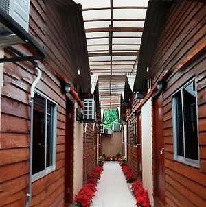 Funky Huts Guest House photos Exterior