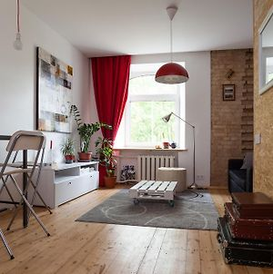 Stylish Studio Close To Old Town By Houseys photos Room
