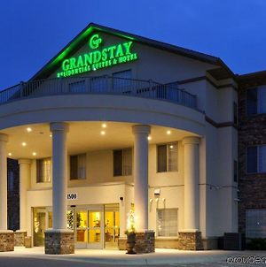Grandstay Residential Suites Hotel photos Exterior