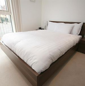 City Nites Aldgate Serviced Apartments photos Room