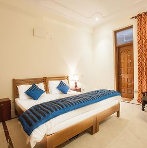 Oyo Rooms Noida City Centre photos Exterior