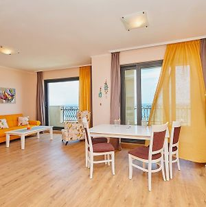 Pomorie Seafront Apartments photos Room