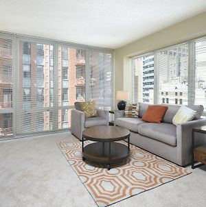 Global Luxury Apartments In Chicago photos Room