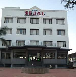 Hotel Sejal Inn photos Exterior