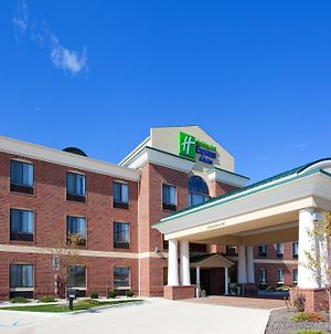 Holiday Inn Express Hotel & Suites Chesterfield - Selfridge Area, An Ihg Hotel photos Exterior