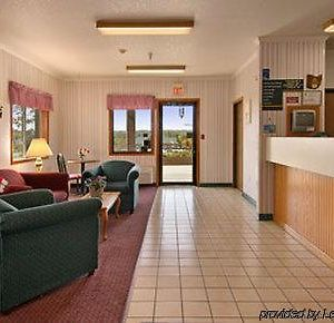 Super 8 By Wyndham Richfield Area photos Interior