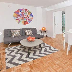 Luxurious Two Bedroom Apartment In Doorman Building - Lincoln Center photos Exterior