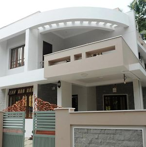 Moksha Homestay photos Exterior