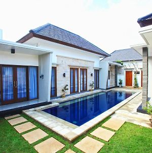 Kubu Nyoman Villas Standart Room 01 photos Exterior