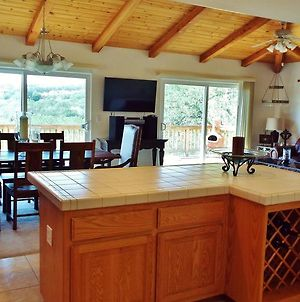 Sunsetter At Lake Nacimiento In Paso Robles Wine Country photos Room