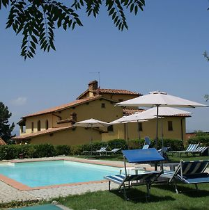 Luxurious Holiday Home In Castelfranco Di Sopra With Pool photos Room