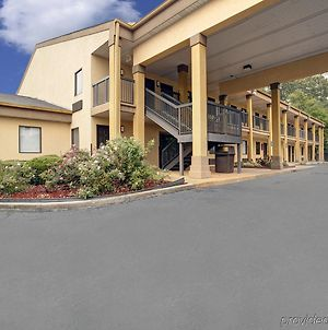 Americas Best Value Inn Montezuma photos Exterior