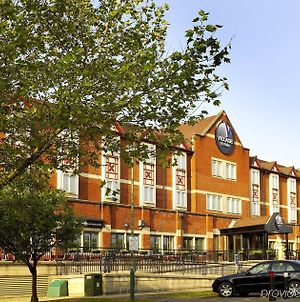 Village Hotel Cardiff photos Exterior