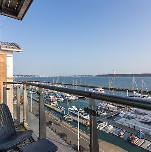 Perfect Harbour Views photos Room
