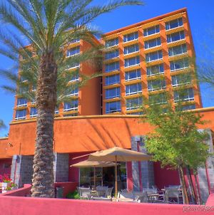 Ramada By Wyndham Phoenix Midtown photos Exterior