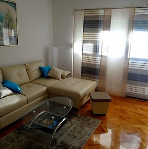 Sunny Apartment In The City Centre photos Room