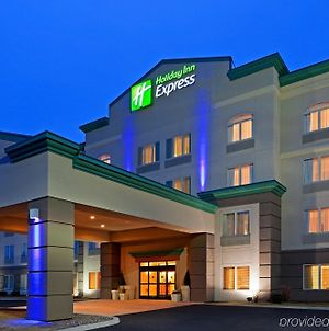 Holiday Inn Express Syracuse-Fairgrounds photos Exterior
