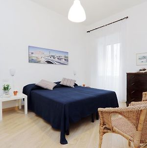 Via Veneto Smart Apartment photos Room