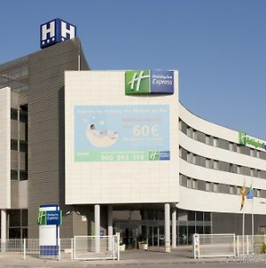 Holiday Inn Express Molins De Rei photos Exterior