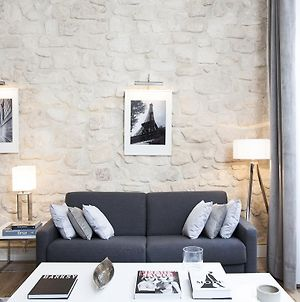 Luxury 2 Bedrooms Le Marais I By Livinparis photos Room