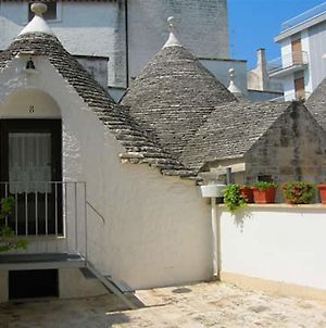 Trulli Piazza Roma photos Exterior