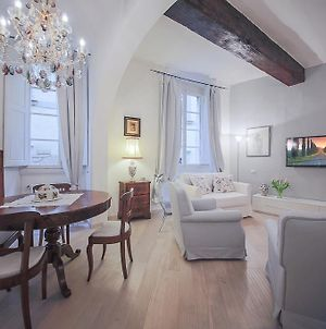 Apartments Florence Parione photos Room
