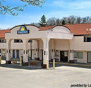 Days Inn Monroeville Pittsburgh photos Exterior