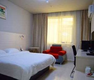 Super 8 Hotel Taian Central Bus Station photos Room