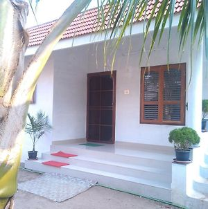 Victoria Home Stay photos Room