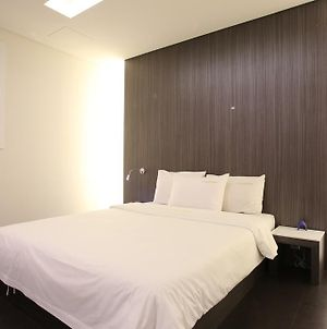 Zzam Hotel photos Room