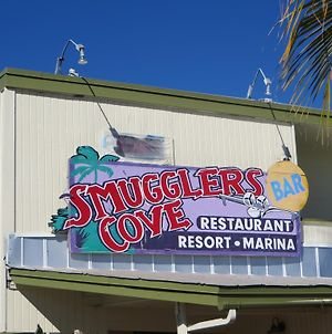 Smuggler'S Cove Resort And Marina photos Exterior