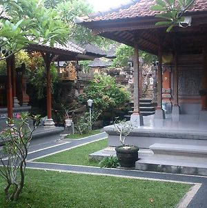 Sukma Guest House photos Exterior