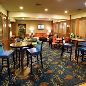 Doubletree By Hilton Norwalk photos Restaurant