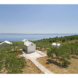 A Distinctive Holiday Home With Panoramic View In Selca Brac photos Exterior