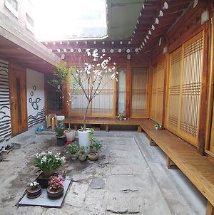 Charm Hanok Guest House photos Exterior