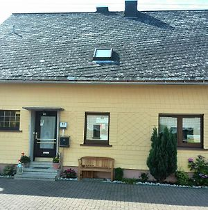 Cozy Apartment With Private Garden Near Forest In Nisterau photos Exterior