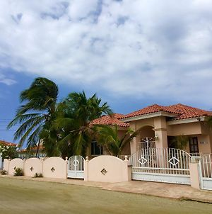 Villa Paradise With Private Pool And Jacuzzi Not Heated photos Exterior