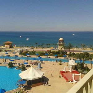 Two-Bedroom Apartment At Porto Sokhna Pyramids - Families Only photos Room