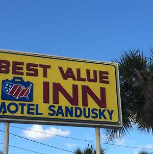 Best Value Inn Motel Sandusky photos Exterior