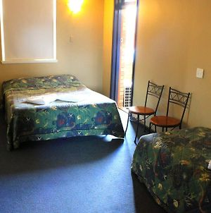 Belmore Hotel Maitland photos Room