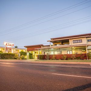 Spinifex Motel And Serviced Apartments photos Exterior
