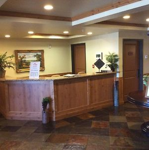 Hotel And Resort Rooms By Midway Lodging photos Exterior
