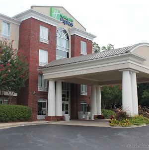 Holiday Inn Express Hotel & Suites Starkville photos Exterior