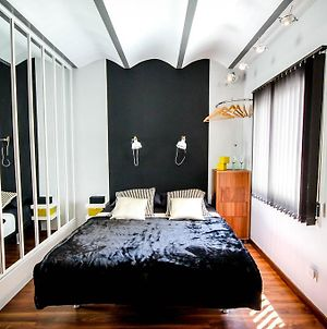 L'Appartement Luxury Apartment Barcelona photos Room