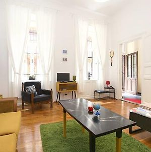 Lavish Downtown Studio For Your Epic Budapest Trip photos Room