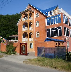 Noshen Guest House photos Exterior