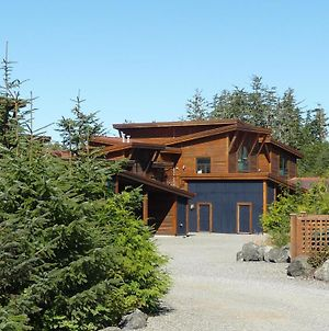 Pacific Rim Retreat By Natural Elements Vacation Rentals photos Exterior