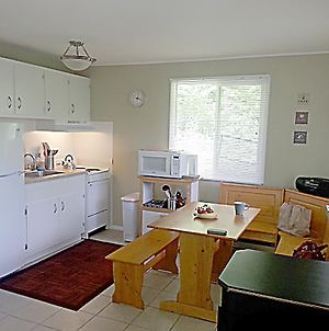 Two Bedroom Apartment At Hunter Mountain photos Room