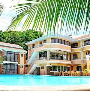 Boracay Holiday Resort photos Exterior