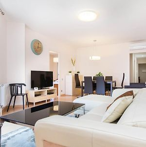 Stay Barcelona Central Apartments photos Room
